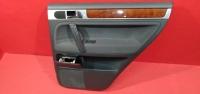 Обшивка задней правой двери Туарег VW 02-10