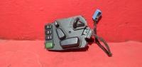 Мерседес W210  блок регулировки сидения левый