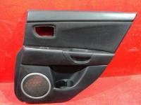 Обшивка задней правой двери Mazda 3 (BK) Мазда 3