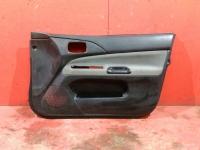 Обшивка передней правой двери Mitsubishi Lancer 9 03-07 Лансер